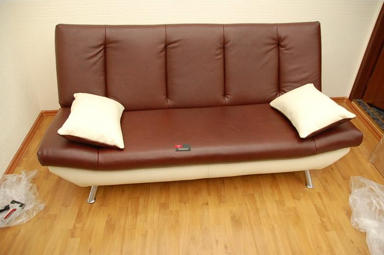 Много мебели реставрируется повторно